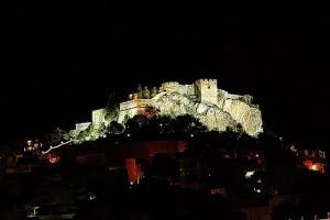 20121005000338-castillo-2